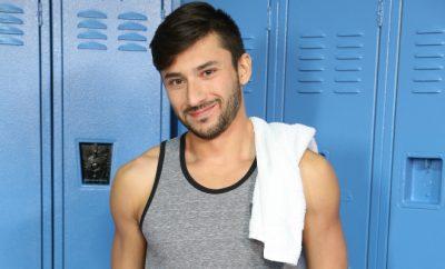 gay 68 sexe dans les vestiaires