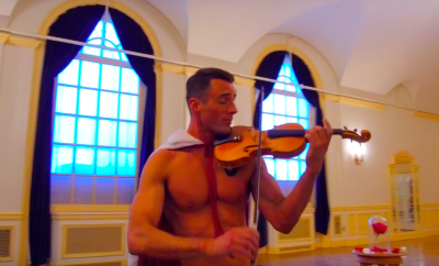 shirtless-violinist-belle-bete