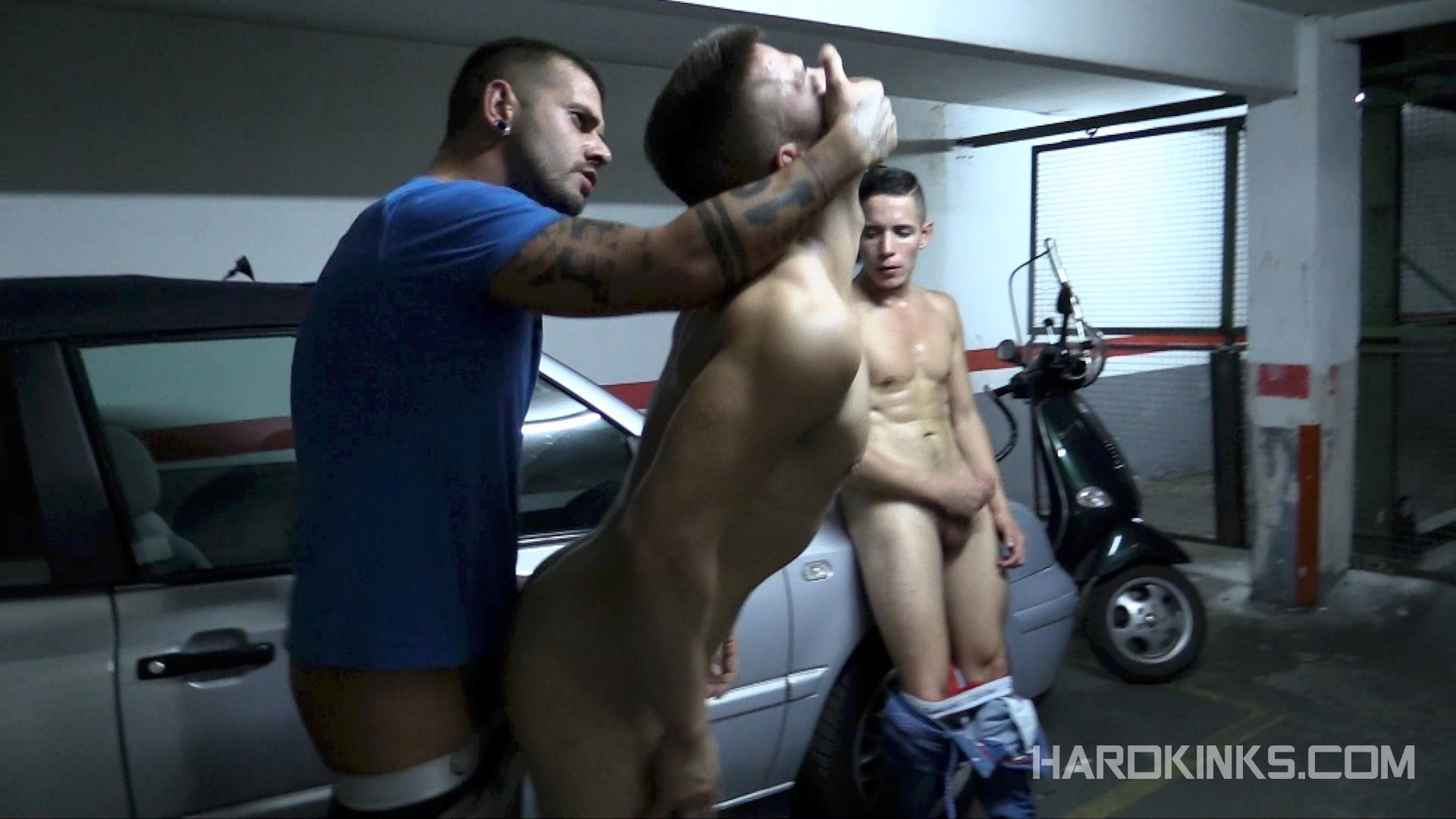 domination-gay-parking-03