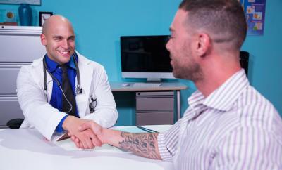 docteur gay sexe